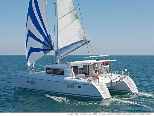 Catamaran Lagoon 421 · 2015