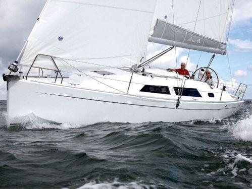 Sailboat Hanse 325 · 2012