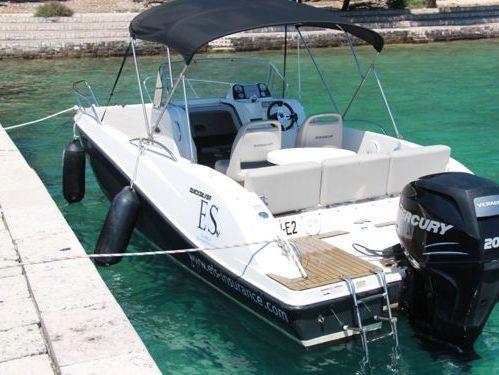 Speedboat Quicksilver 675 Open · 2012