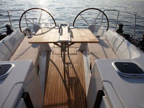 Sailboat Hanse 445 · 2013