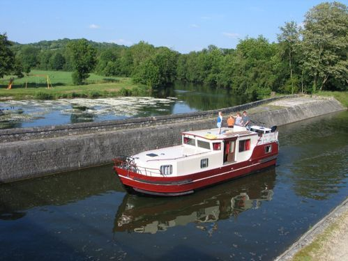 Motorboot Burgundy 1200 · 2015