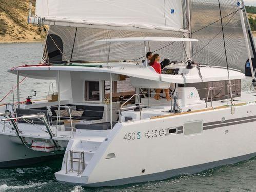 Catamarano Lagoon 450 S (2016)