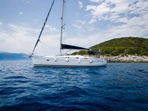 Sailboat Bavaria Cruiser 42 · 2008