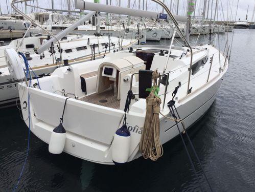 Barca a vela Dufour 350 · 2016