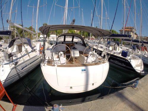 Barca a vela Bavaria 37 · 2016