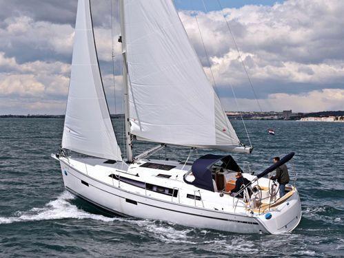 Segelboot Bavaria Cruiser 37 · 2014