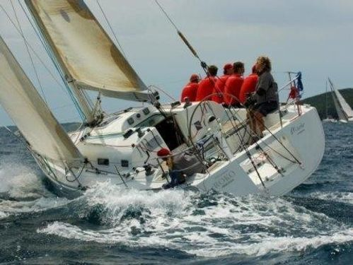 Barca a vela Beneteau First 36.7 · 2002