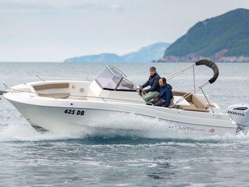Speedboat Atlantic Marine 750 Open · 2017