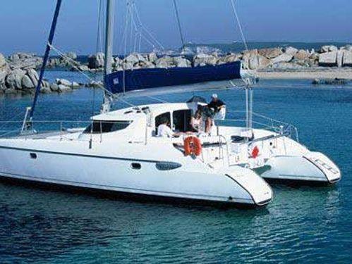 Catamaran Fountaine Pajot Lavezzi 40 · 2005