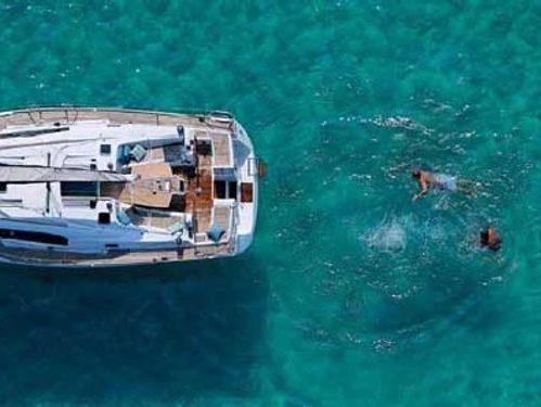 Barca a vela Beneteau Oceanis 43 · 2007