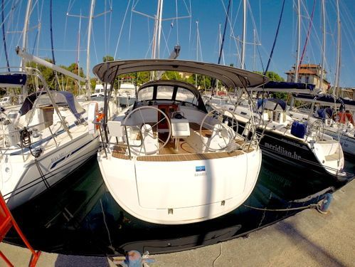 Barca a vela Bavaria Cruiser 37 · 2017