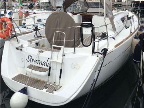 Sailboat Jeanneau Sun Odyssey 33 i · 2013