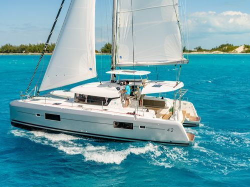 Catamaran Lagoon 42 · 2016