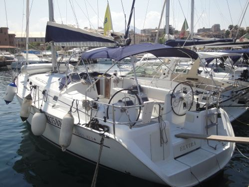 Sailboat Beneteau Cyclades 43.3 · 2006