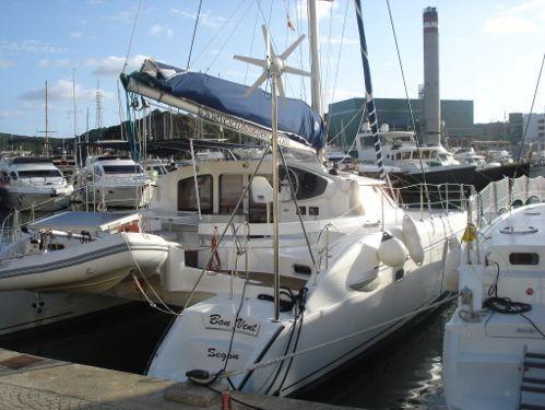 Catamaran Fountaine Pajot Lavezzi 40 · 2015