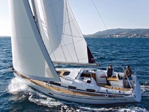 Sailboat Bavaria Cruiser 34 · 2009