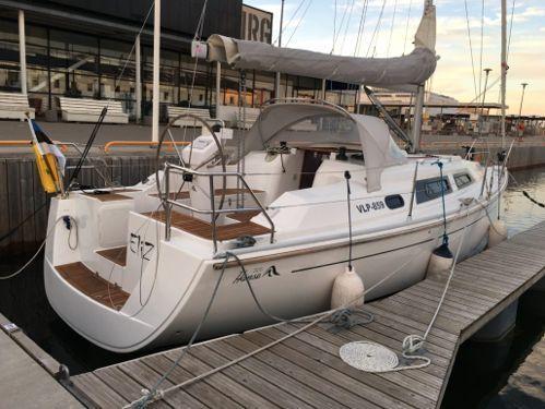 Barca a vela Hanse 325 · 2013