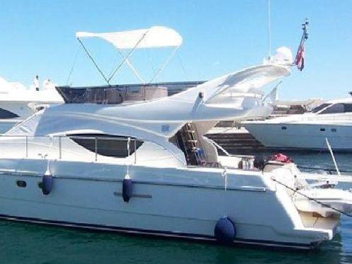 Imbarcazione a motore Ferretti 460 (2007)