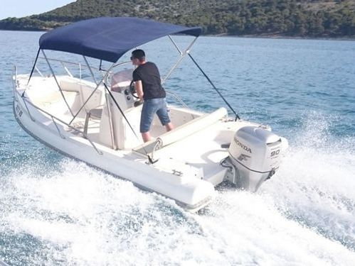 Speedboat Glumac 520 (2012)