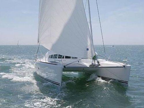 Catamarano Lagoon 410 (2000)