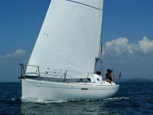 Sailboat Beneteau First 31.7 · 1999