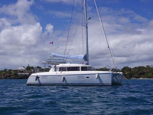 Catamaran Lagoon 421 · 2010
