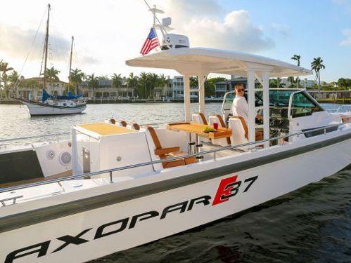 Sportboot Axopar 37 TT (2016)