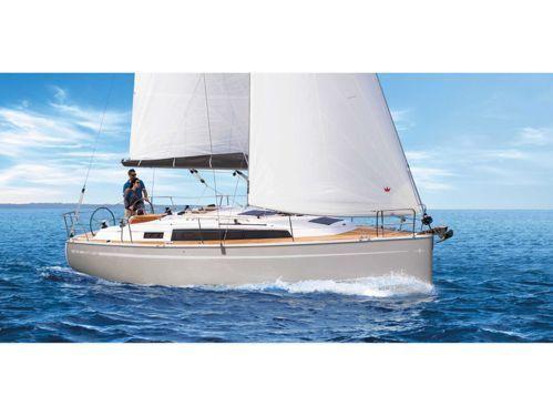 Sailboat Bavaria Cruiser 34 · 2017