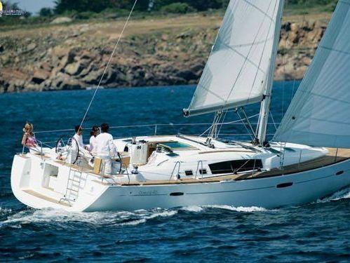 Sailboat Beneteau Oceanis 46 · 2010