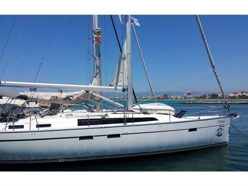 Sailboat Bavaria Cruiser 41 · 2014