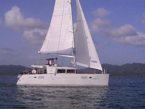 Katamaran Lagoon 450 · 2012