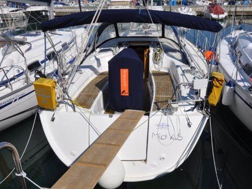 Sailboat Bavaria Cruiser 38 · 2008