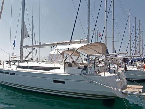 Sailboat Jeanneau Sun Odyssey 509 · 2014