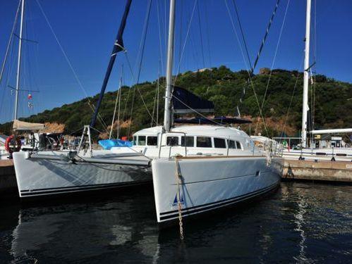 Catamaran Lagoon 410 S2 (2003)