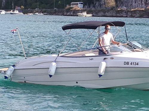 Speedboat Regal 2300 · 2002