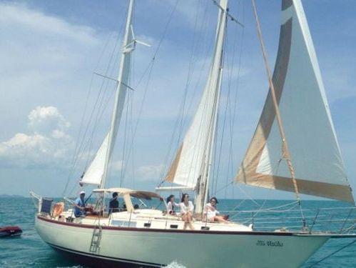 Sailboat Whitby 42 · 1989