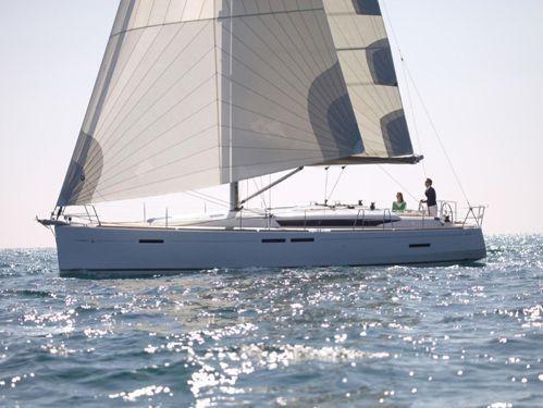 Sailboat Jeanneau Sun Odyssey 449 · 2016