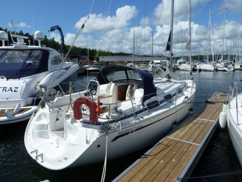 Sailboat Bavaria Cruiser 30 · 2006