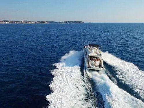 Motorboat Dominator Nuvari 63 S (2003)