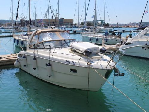 Imbarcazione a motore Bavaria Sport 32 · 2012