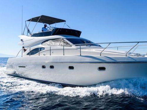 Barco a motor Ferretti 430 · 2004