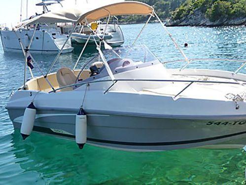 Speedboat Beneteau Flyer 550 SP · 2010
