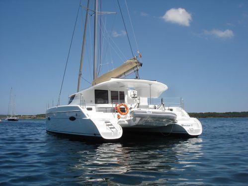 Catamaran Fountaine Pajot Lipari 41 · 2010