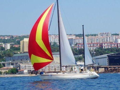 Sailboat A Vela Ketch · 1980