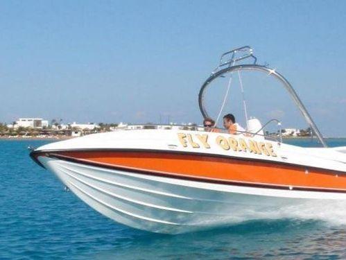 Imbarcazione a motore Cherokee 65 · 2013