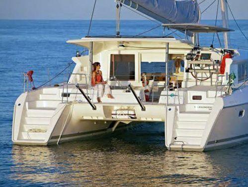 Catamarano Lagoon 421 · 2013