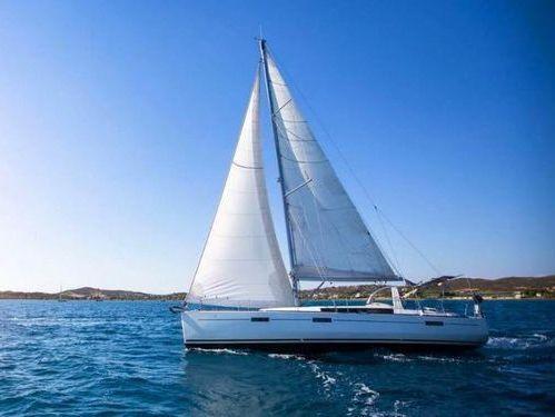 Sailboat Beneteau Oceanis 41.1 · 2017