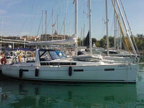 Sailboat Beneteau Oceanis 41 (2012)