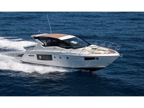 Motorboot Cranchi M44 HT · 2013