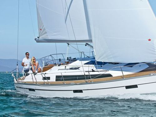 Barca a vela Bavaria Cruiser 37 · 2019